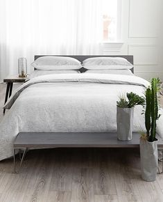 Bedroom ideas, objective ref 1558683781 - view this must read creative space. Duvet Sizes, Wall Decor Bedroom, Grey And White Bedding, Beautiful Bedding, Bed, Favorite Bedding, Dream Bedroom, Grey Bedding, Top Beds