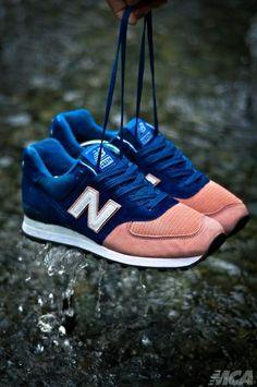 New Balance 574: Blue/Pink