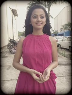 JaalSaazi – That's What Happening in Every TV serial! Cute Girl Pic, Cute Girl Outfits, Cute Girls, Beautiful Indian Actress, Beautiful Actresses, Helly Shah, Tv Actors, Indian Celebrities, Bollywood Stars
