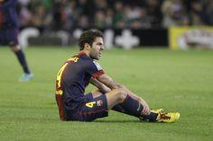 Cesc Fàbregas sintió molestias y tuvo que ser cambiado en el minuto 10. Betis - @FC Barcelona