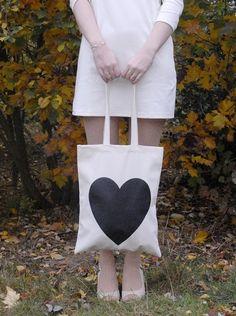 DIY : tote bag. Make and use as Xmas gift wrap.