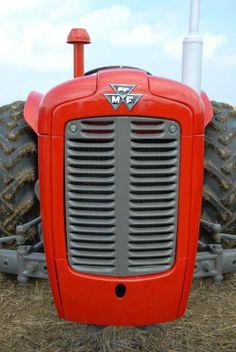 FFF&B Ploughing Match, UK - Massey Ferguson 35 Antique Tractors, Vintage Tractors, Old Tractors, Classic Tractor, Farm Trucks, Tractor Farming, Diesel, British, Red
