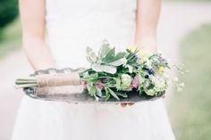 Rustic bridal bouquet / Nikki Santerre Photography