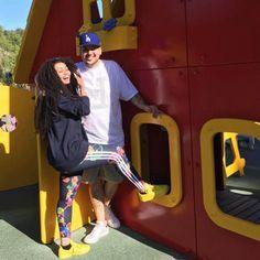 Rob Kardashian Spoils Blac Chyna with a Purple Lamborghini! Estranged couple Rob Kardashian and Blac Chyna were seen grabbing lunch this week. Blac Chyna Rob Kardashian, Kim Kardashian, Kardashian Family, Blac Chyna And Rob, Black Chyna, Celebrity Couples, Celebrity News, Family Fun Day, Jamel