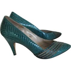 Shoes Snake Size 8 J.Renee Ladies Turquoise Green Box. Fabulous real snake high heel shoes by J.Renee in original box.  Comes with box and care paper