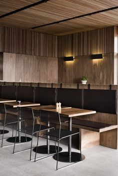 Fantastic ideas of some restaurants to inspire you! Australian Interior Design, Interior Design Awards, Modern Interior, Outdoor Patio Bar Sets, Outdoor Furniture Sets, Restaurant Design, Restaurant Bar, Banquette Seating, Cafe Seating