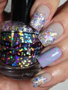Colores de Carol: Loaded Lacquer - Fluffy Macaroons and Texting on the Dancefloor