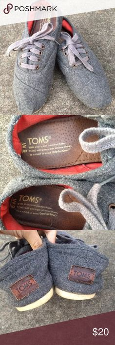 TOMS Gray Wool Cordones Size 9 Women's ***TOMS*** Gray Cordones Wool Oxford Shoes Featuring a Cushioned Leather Footbed and Arch Support for All Day Comfort.