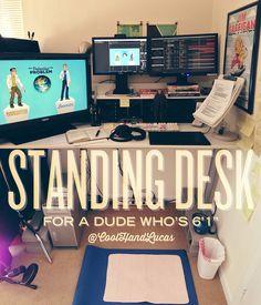 My Standing Desk // @Lucas Abel