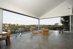 Los Angeles-based studio Johnston Marklee & Associates has designed the Hill House project. Sunroom Windows, Large Windows, Ceiling Windows, Building Design, Building A House, Johnston Marklee, Open House Plans, House On A Hill, Unique Furniture