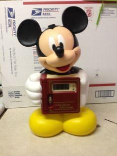 Rare-Mickey Mouse-Disney. Clock