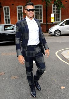 Checked suit Louis Smith, Checked Suit, Athlete, Hipster, Suits, Style, Fashion, Swag, Moda