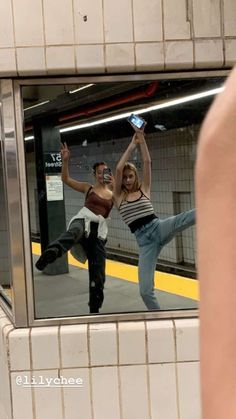 lily chee brandy usa soho nyc aesthetic Source by nostalgialo melville aesthetic pictures Photos Bff, Best Friend Photos, Best Friend Goals, My Best Friend, Best Friends, Drunk Friends, Friend Pics, Shooting Photo Amis, Shotting Photo