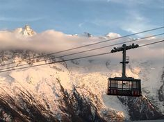 """1,773 mentions J'aime, 3 commentaires - black crows (@blackcrows_skis) sur Instagram: """"#chamonix_unlimited festival is ON. Day 1. The disco Brevent cable car #blackcrows"""" Chamonix, Crows, Skiing, Cable, Train, Instagram Posts, Black, Mont Blanc, Ravens"""