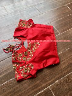 Five Best Saree Blouse Designs – Fashion Asia Pattu Saree Blouse Designs, Bridal Blouse Designs, Maggam Work Designs, Blouse Models, Indian Designer Wear, Work Blouse, Clothes For Women, Sarees, Blouse Desings