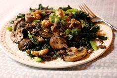 massaged kale salad with lentils and buttery mushrooms | Leaf Parade