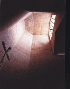Galería de Clásicos de Arquitectura: Iglesia San Pedro / Eladio Dieste - 16