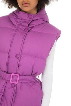 Buy IENKI IENKI Michlin Vest Dahlia Cotton at the official online store. Duck Down, Dahlia, Hooded Jacket, Universe, Golf, Winter Jackets, Vest, Study, Community