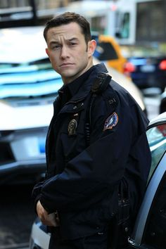 If anyone could make up for the absence of Heath Ledger not being in the movie it's Joseph Gordon-Levitt. So right