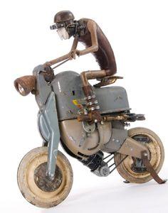 Whimsical Steampunk Sculptures of Stephane Halleux. Steampunk Kunst, Steampunk Robots, Steampunk Airship, Norman Rockwell, Arte Robot, Found Object Art, Junk Art, Baymax, Assemblage Art