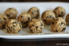 I LOVE quick and easy snacks! I came across this recipe at Smashed Peas and Carrotsand knew I had to give them a try! My whole family enjoyed these, and best of all, they are pretty healthy! They reminded me of chewy granola bars in a ball form! They were seriously so good! If your …