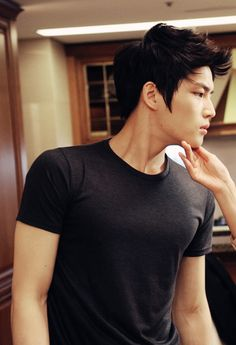 Kim JaeJoong - SIGH. He's just so damn hot.