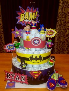 Super Hero Diaper Cake. Marvel Baby Shower, Superhero Baby Shower, Baby Shower Diapers, Baby Boy Shower, Baby Shower Gifts, Baby Gifts, Diaper Cake Boy, Nappy Cakes, Cake Baby