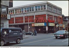 Toronto used to be a tavern town. Scattered around the city, these mostly humble and gritty spots were where we used to unwind over Labatt long. Yonge Street, Buffalo New York, Time Photo, Time Travel, Old Town, Niagara Falls, Ontario, Toronto, Places To Go