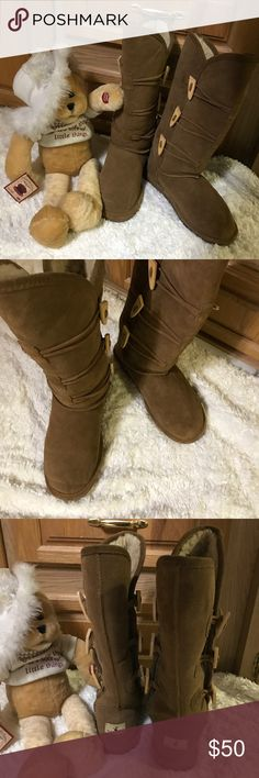 Bear Paw Boots  in Brown with Side Opening Bear Paws just like New Boots in size 8. Worn only 2 times and always with socks on. They are in very good condition  Because of foot problems I cannot wear them. Comes from a Pet and Smoke Free Home BearPaw Shoes Winter & Rain Boots