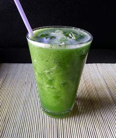 Cold Melon Juice with Matcha Natural Green Tea! #matcha #matchanatural #matcha #recipes www.matchanatural.com/recipes