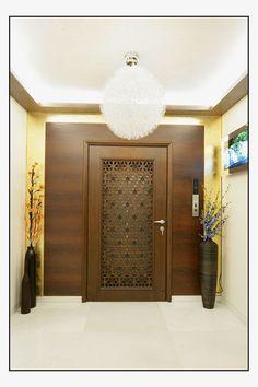 Residence in Mumbai - decoration - Door Design Main Entrance Door Design, Home Entrance Decor, Front Door Design, Entrance Doors, House Entrance, House Door Design, Apartment Entrance, House Doors, Porte Design