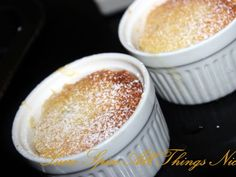 Passion fruit pudding : http://en.petitchef.com/recipes/dessert/passion-fruit-pudding-fid-1523603
