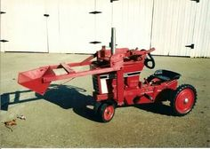 IH 66 SERIES PEDAL TRACTOR WITH HOME BUILT LOADER Pedal Tractor, Pedal Cars, Farmall Tractors, Old Tractors, Kids Cars, Classic Tractor, Antique Tractors, Farm Toys, Unique Toys