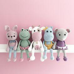 Mesmerizing Crochet an Amigurumi Rabbit Ideas. Lovely Crochet an Amigurumi Rabbit Ideas. Bunny Crochet, Crochet Diy, Crochet Patterns Amigurumi, Amigurumi Doll, Crochet Crafts, Crochet Dolls, Crochet Projects, Crochet Frog, Crochet Elephant