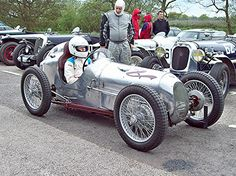 Vintage sports and racing cars pictures. - Page 92