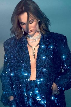 'Single Parents' Star Leighton Meester Wears Chic Looks for Alexa Magazine Dressed in sequins, Leigh Leighton Meester, Fashion Tv, Fashion Outfits, Womens Fashion, Blair Waldorf, Fallon Jewelry, Star Wars, Single Parenting, Blazer