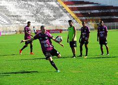 Em perseguição à primeira vitória no Campeonato Paulista A2, o XV de Piracicaba encara o Taubaté nesta sexta-feira, 10, a partir das 20h00, no Barão.