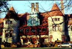 Gold Coast Mansion -Coindre Hall, Huntington Harbor, Long Island, New York.