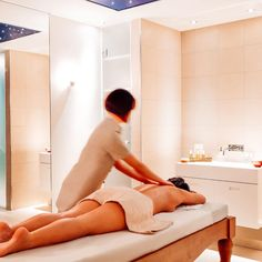 [Massage] 🧖🏼‍♀️ - An unforgettable and beneficial sensory journey The French Way, Hotel Majestic, Spa Paris, Swiming Pool, Stones Throw, Treatment Rooms, Steam Room, Workout Rooms, Luxury Lifestyle