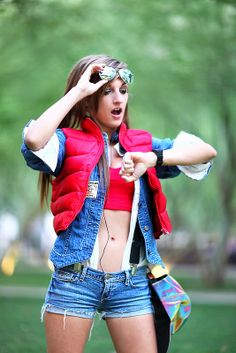 Krash Cosplay as female version of Marty McFly 2014 Phoenix Comicon (PCC) #Rule63