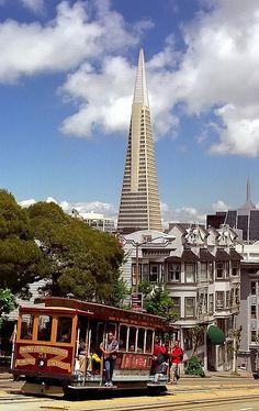 San Francisco - California Street Cable Car & Transamerica Building