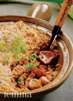 Nasi Tim Ayam Jamur Femina Easy Rice Recipes, Asian Recipes, Ethnic Recipes, Yummy Recipes, Indonesian Cuisine, Indonesian Recipes, Malay Food, Singapore Food, Lunch Menu