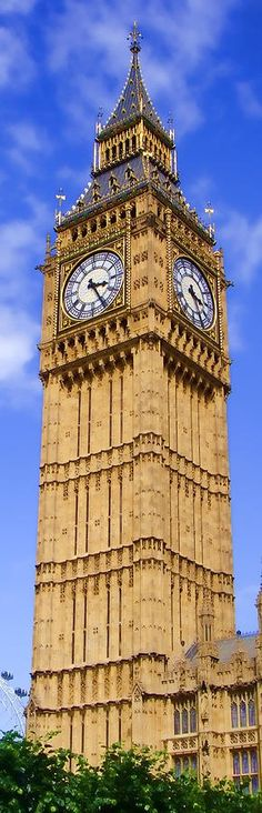 Big Ben (Elizabeth Tower), London, UK London Landmarks, Famous Landmarks, Places Around The World, Around The Worlds, Big Ben London, Voyage Europe, Thinking Day, Kirchen, British Isles