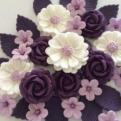 PURPLE ROSE BOUQUET Edible Sugar Paste Flowers Cup Cake Decorations Toppers | Home, Furniture & DIY, Cookware, Dining & Bar, Baking Accs. & Cake Decorating | eBay!