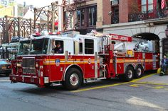FDNY Tower Ladder 9 ★。☆。JpM ENTERTAINMENT ☆。★。