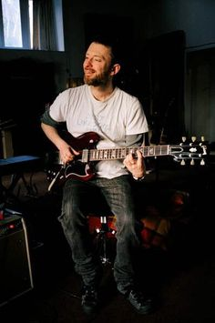 Thom Yorke - #Radiohead - '64 Cherry Red Gibson SG No1 Guitar