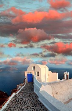 Santorini, Greece, one of the most beautiful and picturesque destinations. Explore Santorini's 10 Best Cultural Restaurants: Enjoying Greek Eats and Fine Dining at TheCultureTrip. Oh The Places You'll Go, Places To Travel, Travel Destinations, Places To Visit, Santorini Island, Santorini Greece, Crete Greece, Athens Greece, Greece Food