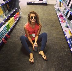 Jessie James Decker- LOVE HER! Casual summer style