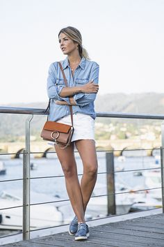 Trendy Taste – Something Blue. Denim shirt+white denim mini skirt+blue laced plattform shoes+brown shoulder bag. Summer outfit 2016