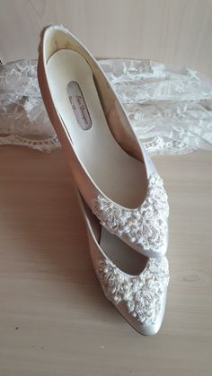 Bridal Wedding Shoes Soft White or Ivory Satin Hand Beaded Lace Embroidery Low heeled Elegant Classic Court Shoe for the Bride